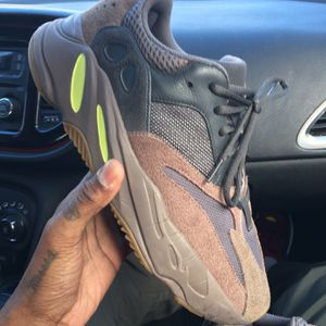 "Yeezys 700 ""Mauve"" - Size 9.5 for Sale in Rockville, MD"