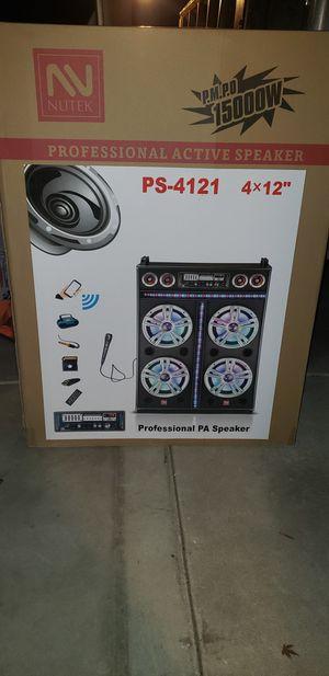Venta de speakers ,karaokes con BT ,entrada de usb ,sd card y radio FM for Sale in Sanger, CA