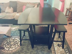 Small Kitchen table for Sale in The Bronx, NY
