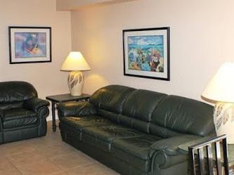 $125 for (2) Piece Leather Sofa Bed and Chair Set Green set for Sale in Edgewood,  FL