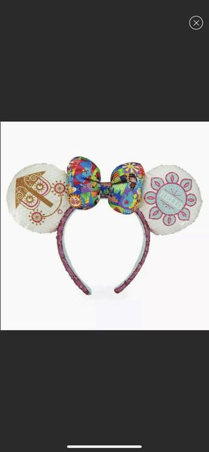 NWT Disney It's A Small World Ears for Sale in Santa Clarita, CA