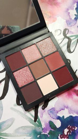 Huda Beauty Mauves Eyeshadow Palette for Sale in Menifee, CA