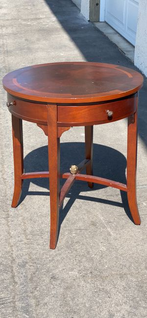 """Vintage side end table by Bombay Company round solid wood with drawers - see photos for details - 24x26"""" for Sale in Long Beach, CA"""