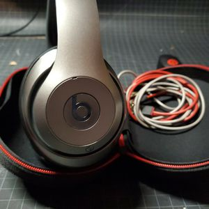 Beats Studio Headphones By Dr Dre Not Bluetooth for Sale in Lynwood, CA