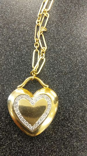 Tiffany heart pendant chain 18k gold for Sale in Marietta, GA