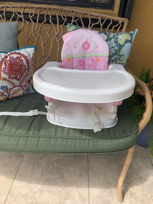 Child booster seat for Sale in Hialeah, FL