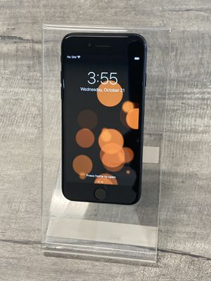 iPhone 7 Black 32GB Unlocked for any Carrier for Sale in Hawthorne, CA