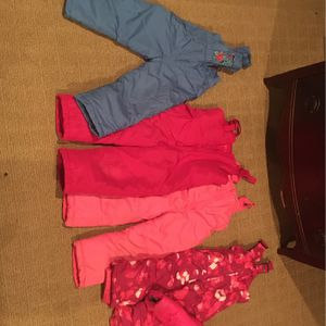 Girls Ski Lot Snow Pants And Coat 4-t for Sale in Oro Valley, AZ