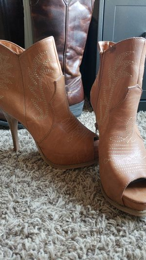 Miranda Lambert Escapade Booties for Sale in Canyon, TX