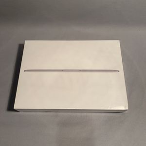 "Apple Macbook Core M3 1.2GHz 8GB RAM 256GB SSD 12"" Silver (2017) NEW for Sale in West Covina, CA"