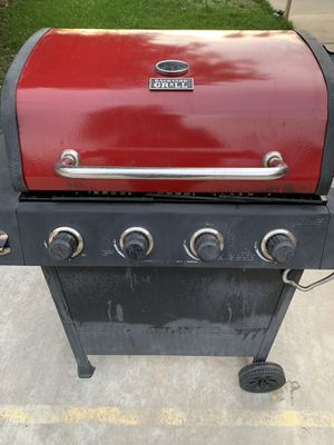 Bbq grill for Sale in Moreno Valley, CA