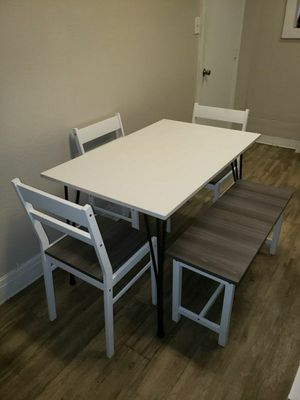 5 Pc Dining Set in White with Distressed Gray Finish for Sale in Chino, CA