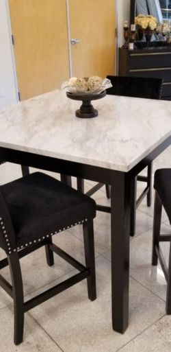 Dinning Set for Sale in Fontana,  CA