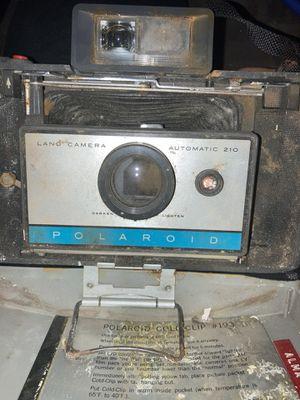 210 Polaroid land camera for Sale in San Antonio, TX