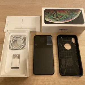 iPhone XS MAX 256Gb. Factory Unlocked. Excellent Condition. for Sale in Kent, WA