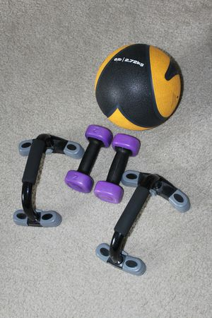 Set of dumbbells and weighted ball for Sale in Austin, TX