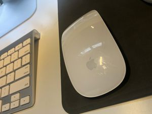 Apple Magic wireless mouse MINT CONDITION for Sale in Auburn Hills, MI