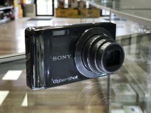 Sony Cyber Shot 14.1MP Digital Camera for Sale in Framingham, MA