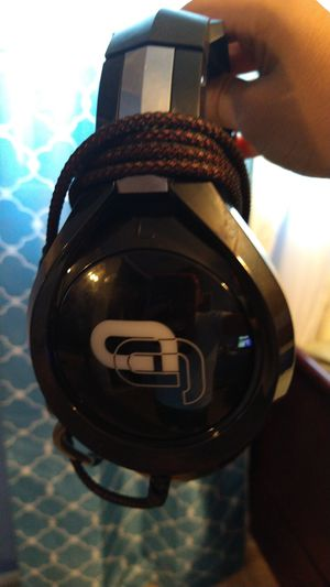 Gaming headset clean for Sale in Dinuba, CA