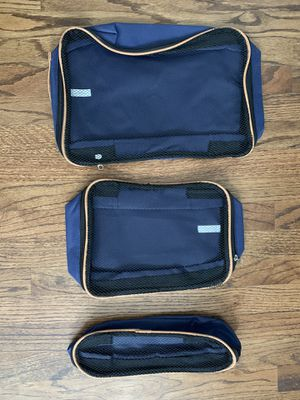 Free Set of Three Small Travel Bags for Sale in Chino, CA