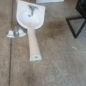 Pedestal Sink, Light Fixture And Mirror for Sale in Lexington, SC