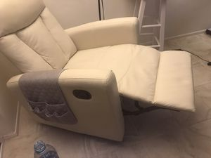 2 Recycling chairs Monarh AM80871 for Sale in New Port Richey, FL