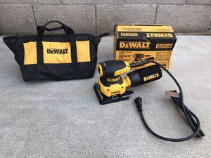 DEWALT 2.3 Amp 1/4 Sheet Palm Grip Sander Kit with Contractor Bag for Sale in Phoenix, AZ