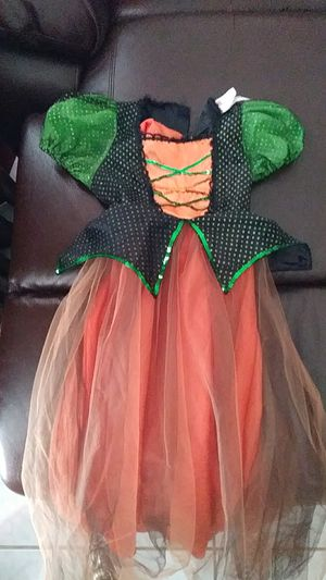 Little girl witch costume size medium lights up for Sale in Fort Worth, TX