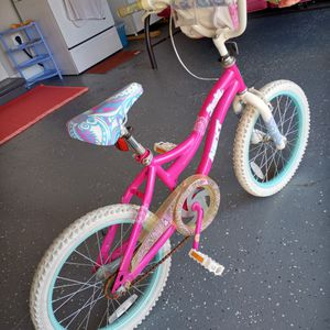 Pink Girls Bike for Sale in Sterling Heights, MI