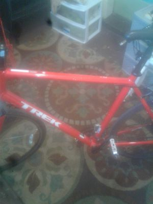 Trek fx3 large frame with bontrager bars and shimano gears and brakes for Sale in Washington, DC