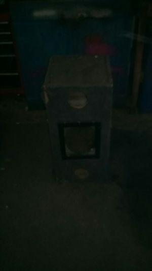 Twin 10-inch subwoofer speaker box no speakers for Sale in Haysville, KS