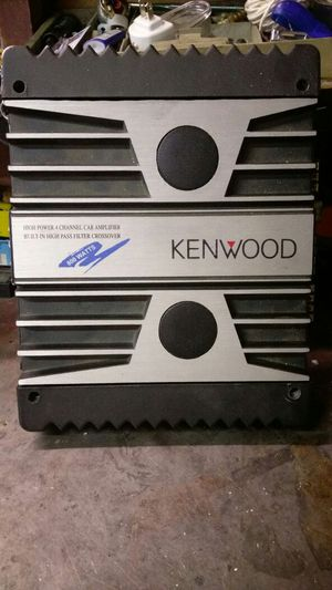 800 watts amplifier for Sale in Denver, CO