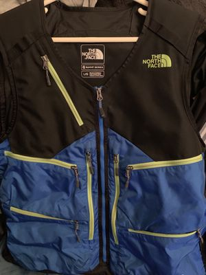 The North Face Vest sz L Mens for Sale in Clinton, MD
