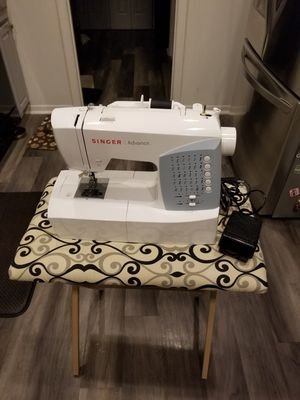 Singer Advance sewing machine for Sale in Bowie, MD