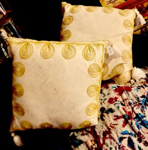 Pillow for Sale in Gig Harbor, WA