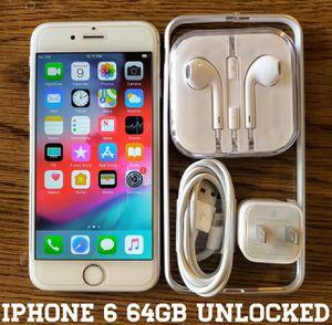 Iphone 6 (4.7') UNLOCKED 64GB + Accessories for Sale in Falls Church, VA