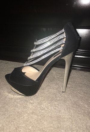 Black heels for Sale in Dover, DE