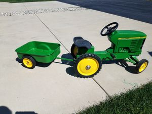 John Deere pedal tractor with cart for Sale in Hammond, IN