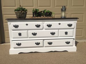 Farmhouse Style Dresser/TV Stand/Media Stand/Buffet Table/Side Table/Entry Table for Sale in Turlock, CA