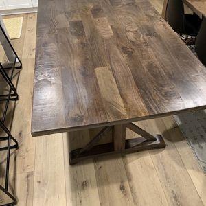PierOne Dining Room Table for Sale in Santa Clarita, CA