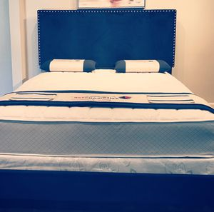 Queen blue velvet bed with mattress and free delivery for Sale in Austin, TX