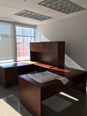 Office furniture very good quality for Sale in Coral Gables, FL