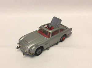 Vintage Corgi Toys James Bond Aston Martin DB5 1960s made in Great Britain for Sale in Phoenix, AZ
