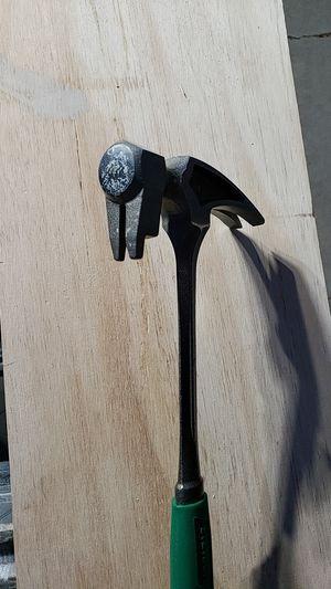 Stewart framing hammer 20oz for Sale in Bakersfield, CA