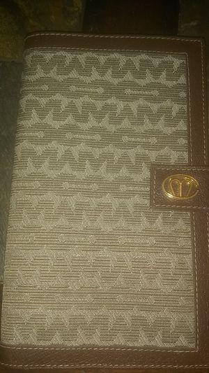 Michael Cross Italian Designer Passport Wallet for Sale in Euclid, OH