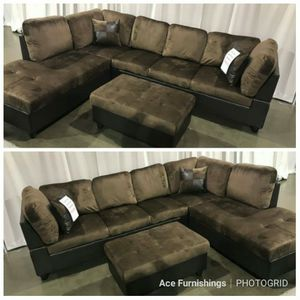 Brand New Brown Microfiber Sectional With Storage Ottoman for Sale in Puyallup, WA