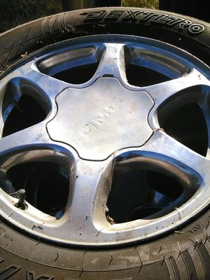 Tires and rims 245/70/17 6 lugs good condition for Sale in Lincoln, CA
