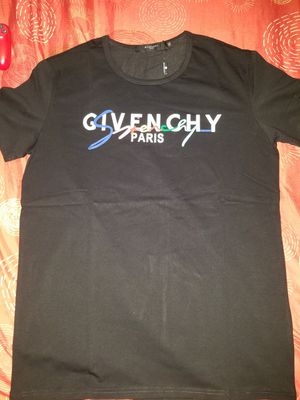 Givenchy Tshirt for Sale in The Bronx, NY