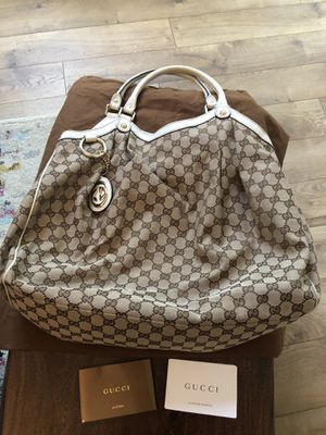Gucci Hobo bag for Sale in Annandale, VA