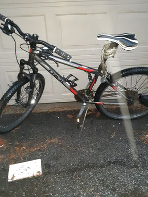 Trek singletrack 820 bicycle for Sale in Redford Charter Township, MI